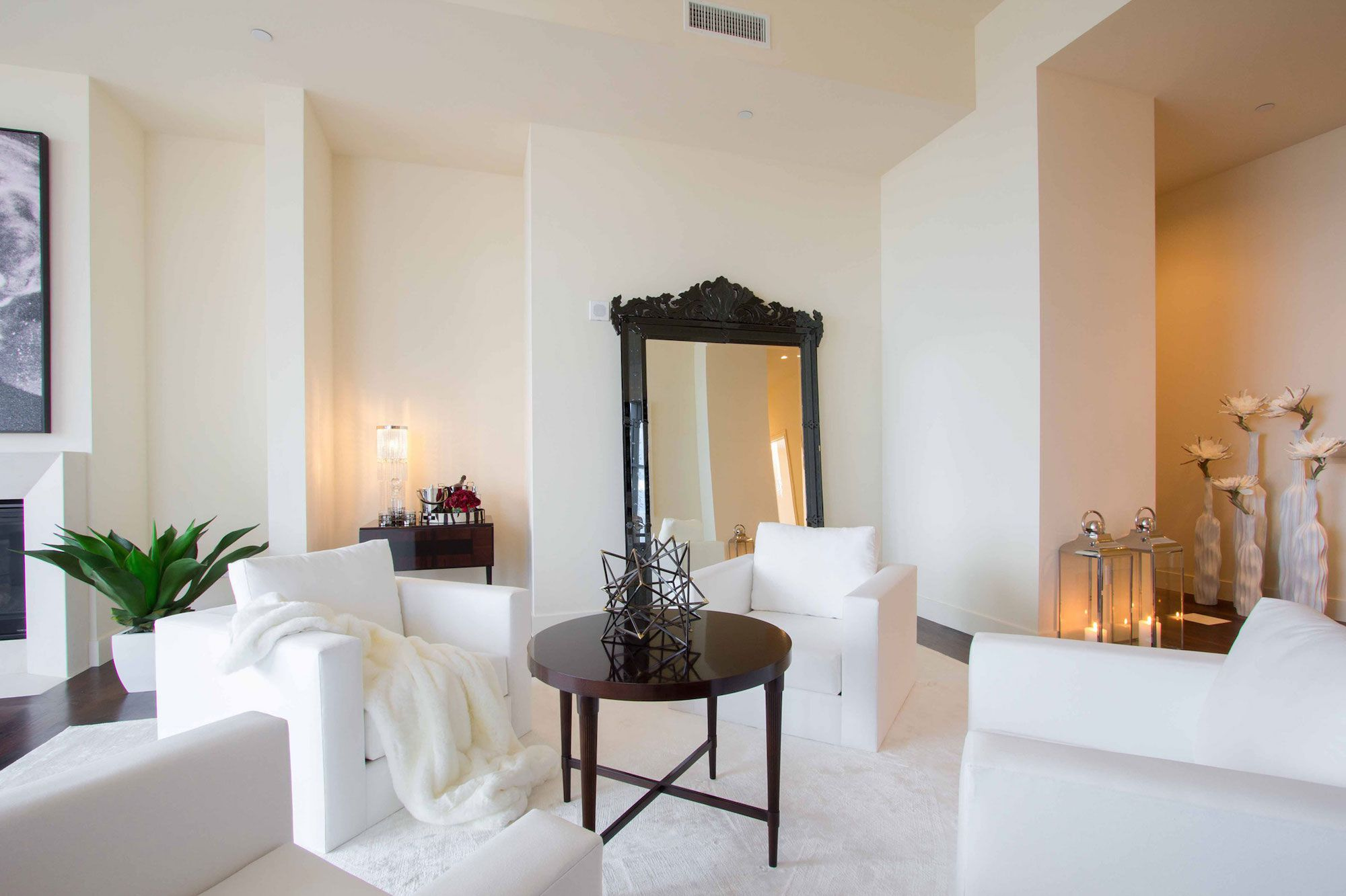 Luxury-Penthouse-in-The-Carlyle-Residences-02