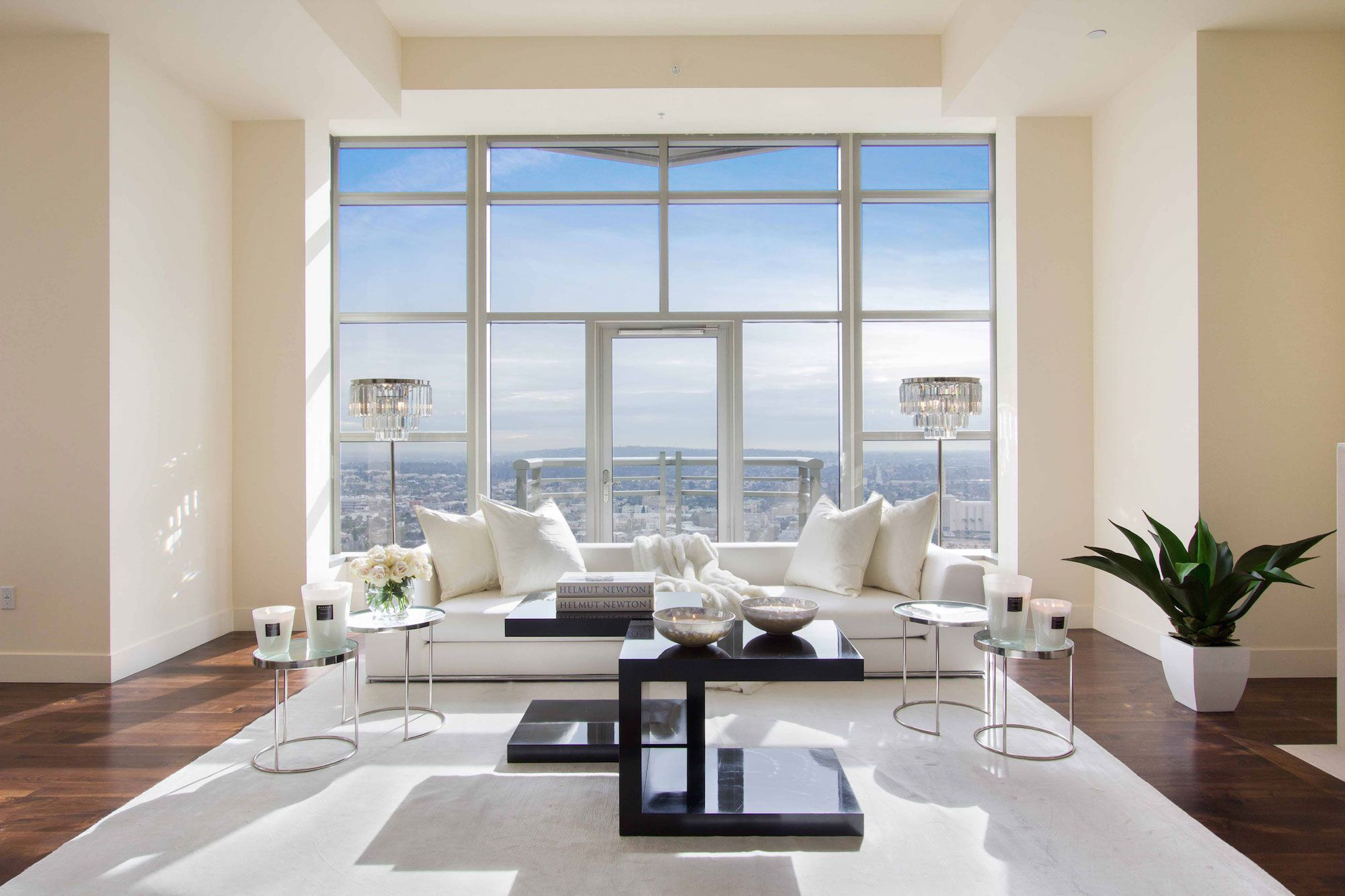Luxury-Penthouse-in-The-Carlyle-Residences-06