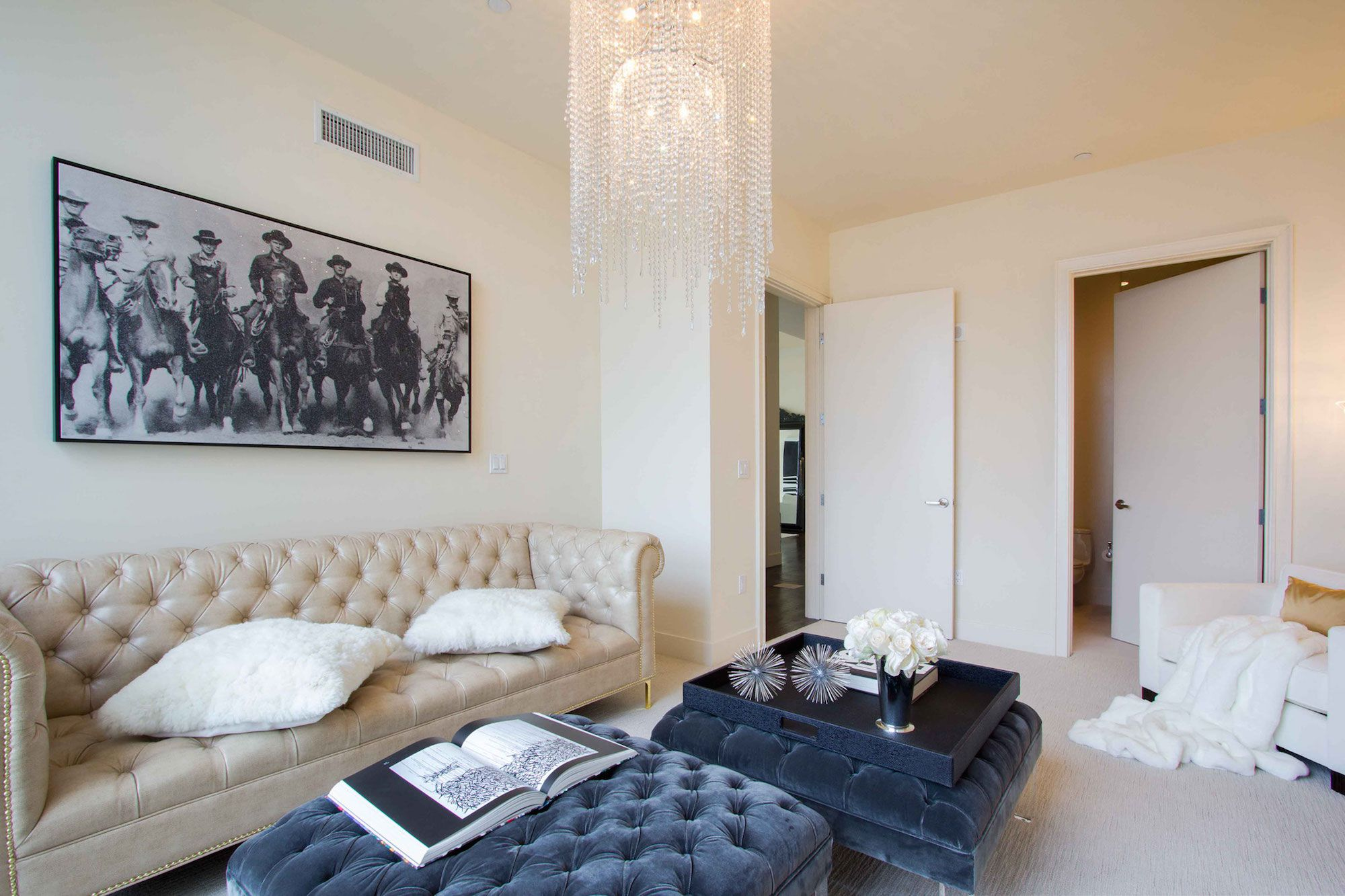 Luxury-Penthouse-in-The-Carlyle-Residences-11