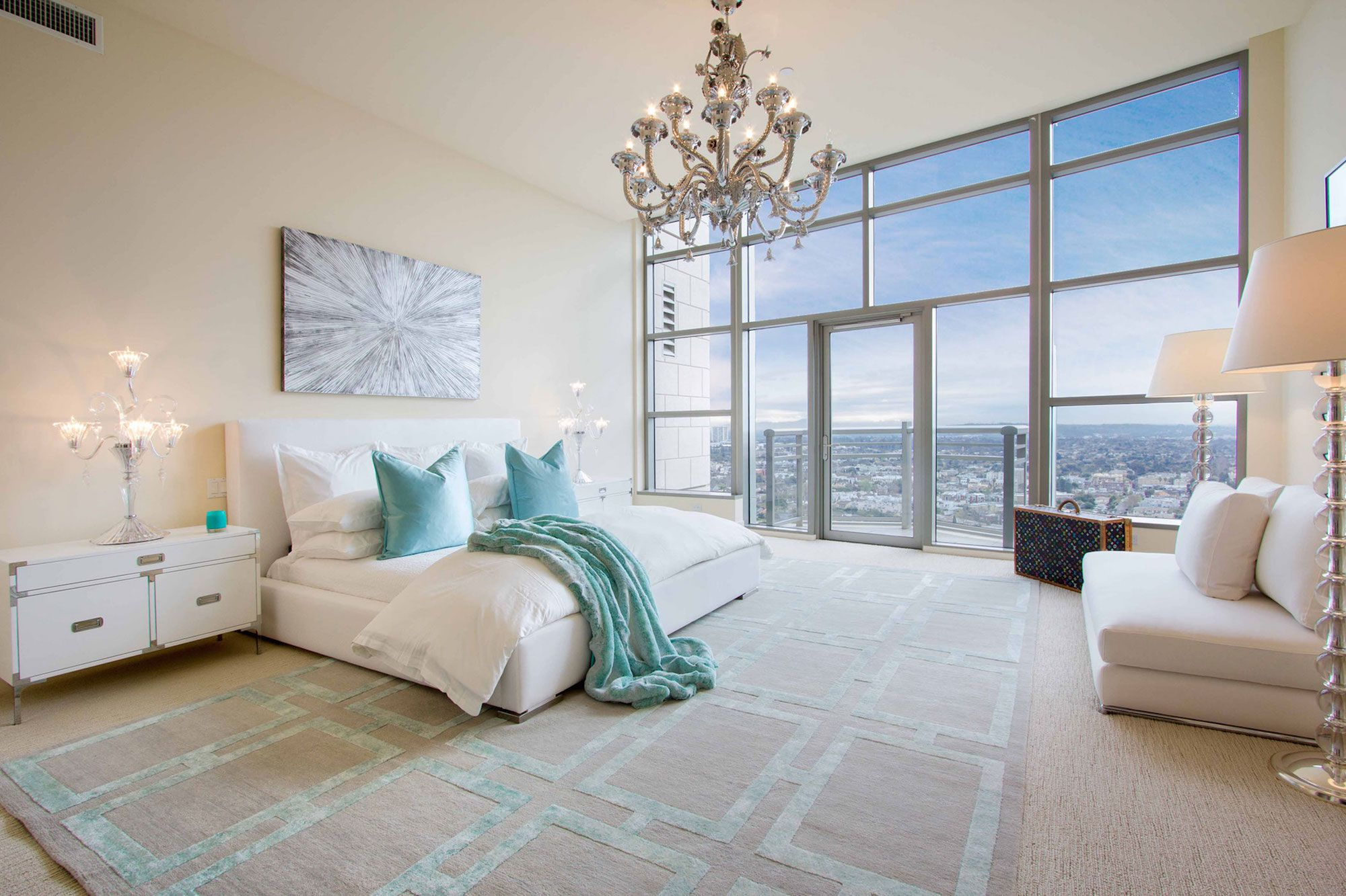Luxury-Penthouse-in-The-Carlyle-Residences-27