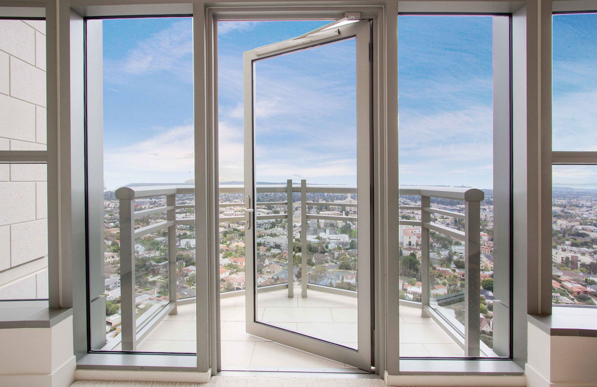 Luxury-Penthouse-in-The-Carlyle-Residences-32