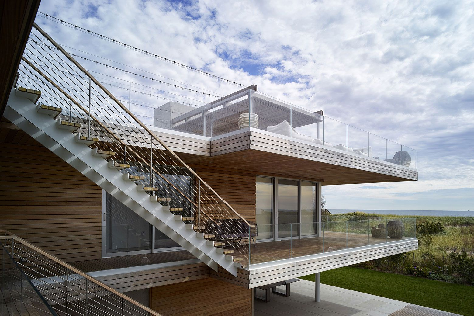 Ocean-Deck-House-01