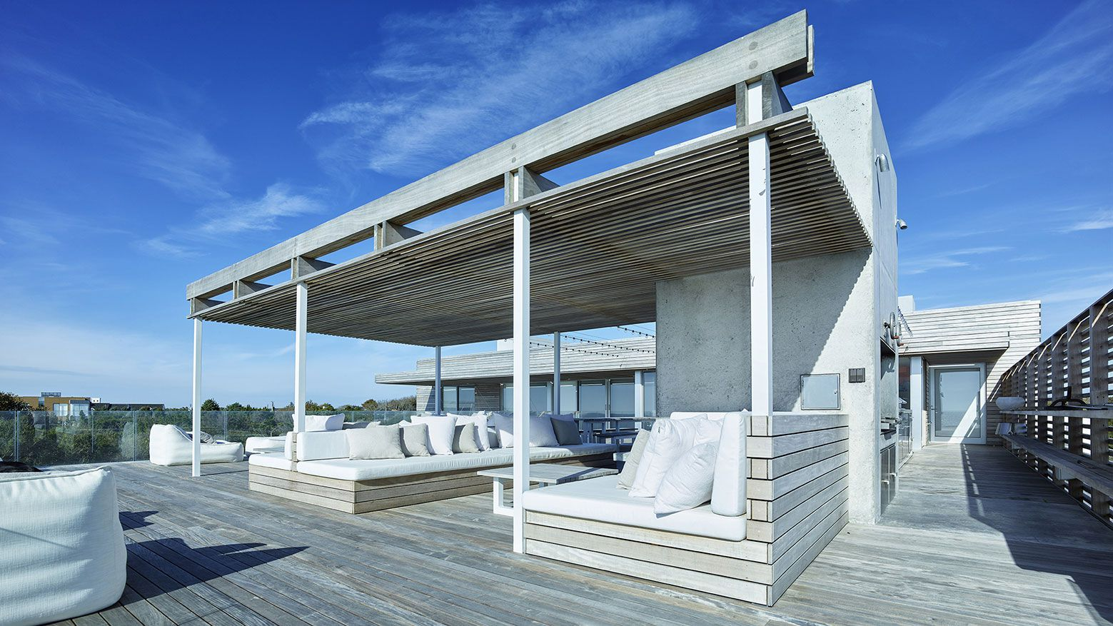 Ocean-Deck-House-03