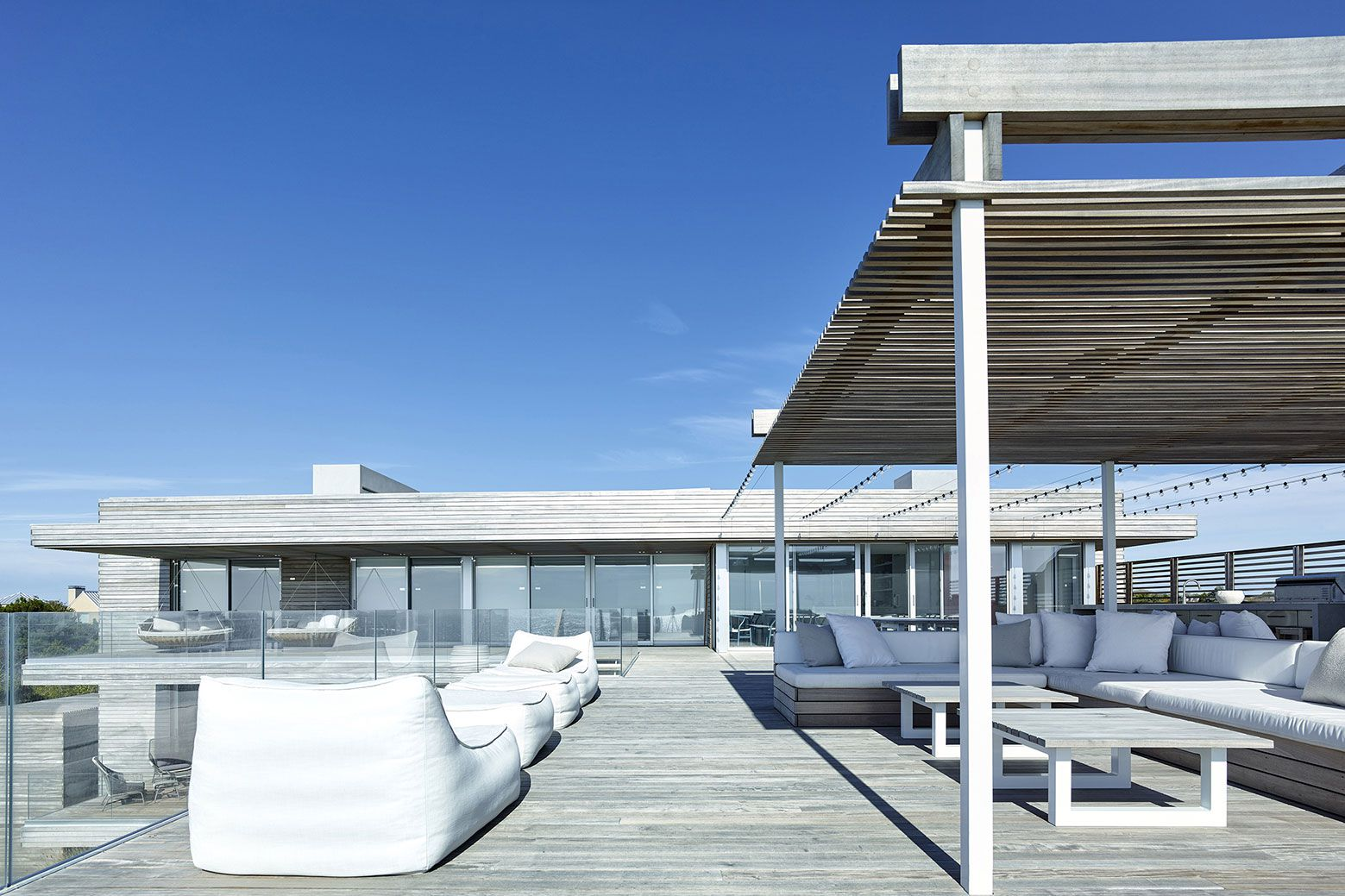 Ocean-Deck-House-04