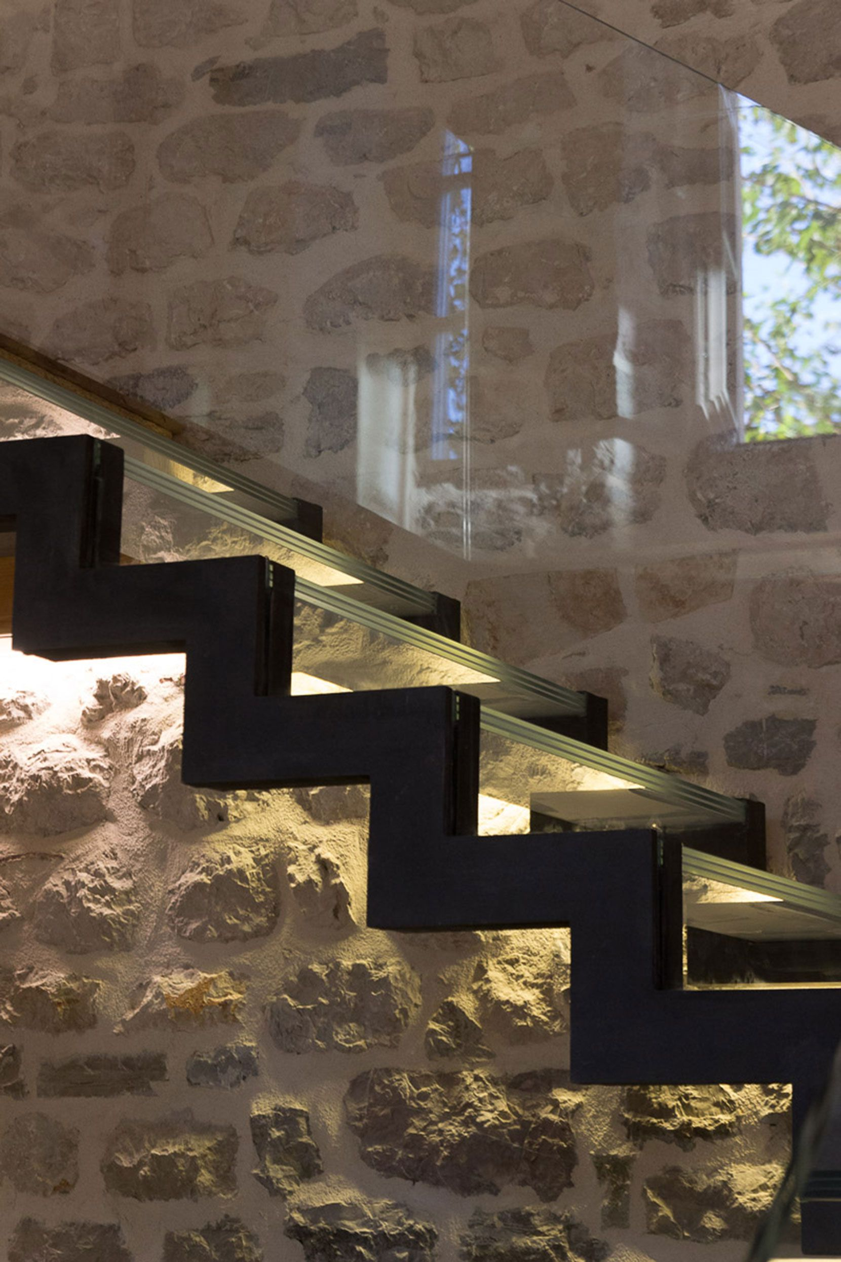 Reconstruction-of-a-Villa-in-Ljuta-09
